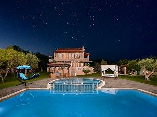 Corfu Halikouna Oasis - Pool and Tennis Retreat