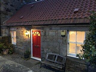 Modern 4 Bedroom Cottage near Edinburgh