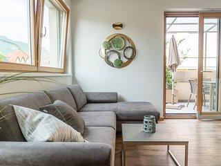 Modernes ruhiges Appartement mit grosser Terrasse bei Meran