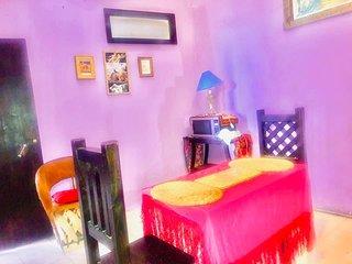 Cozy 1 Bedroom Bungalow
