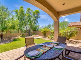 Stylish Home in Mountain Bridge! Private Yard with Fire Pit Lots of Community Am