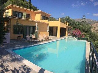 Lovely open plan family Villa in Kato Katelios