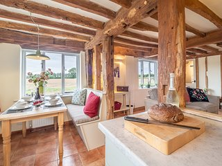 The Granary, beautifully refurbished house in rural Suffolk