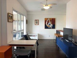 Studio no 'Cambuí', perto Centro de Convivência, c/Sterilair