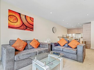 Alder House Serviced Apartment Maidenhead by Ferndale - Apt A