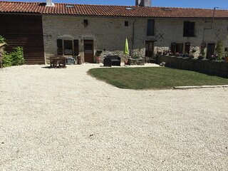 La Guingette La Milliere. A traditional stone longere in a rural setting