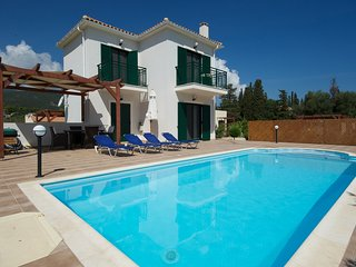 Villa Nefeli, offers two bedrooms and sleeps up to 4 persons in the 1st floor.