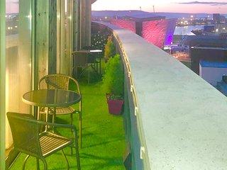 CK Serviced Apartments - Luxury Penthouse apartment in Titanic Quarter