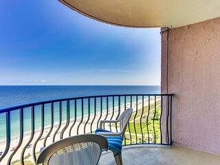 The Palms 1506 in Myrtle Beach w Private Balcony