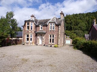 Dunmor House - Charming Victorian Period Property Nov Special Offer