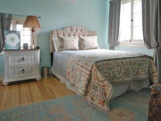 Elegant Suite in The Starkey Mansion