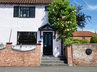 Rosehip Period Cottage, Bingham, Nottinghamshire'
