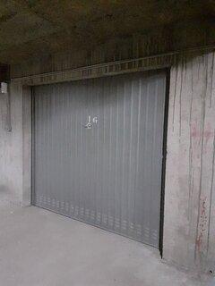 box fermé dans le garage