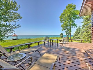 NEW! Relaxing Lake Michigan Retreat, 3 Mi to Beach