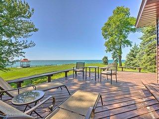 NEW! Relaxing Lake Michigan Retreat, 3 Mi to Beach
