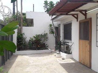 Abidjan Maison tres bien situee quartiers Bietry Zone 4,  rue du canal