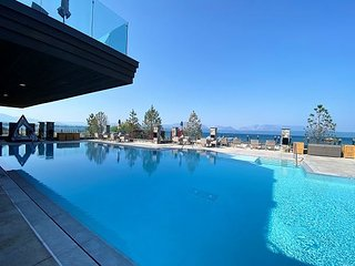 The Exclusive Tahoe Beach Club, Ultimate Beach Front Luxury #207
