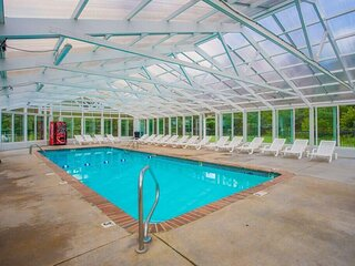New Listing! Indoor and outdoor pool - Penthouse view
