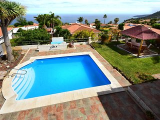 Villa Magec - private heatable pool, BBQ, free wifi