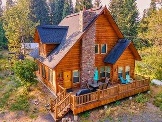 Tranquil Aspens- PET Friendly Mountain Getaway, 2 blocks from Payette Lake, 5 mi