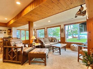 Loon Watch - Hiller Vacation Homes - 4 bedroom, 2 bath home - Free WIFI