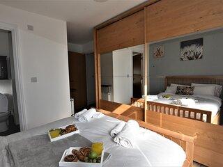 Hughenden Garden Luxury Apartment