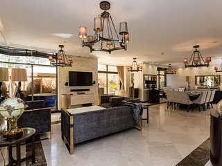 4+ Bedroom Beach Villa in the heart of JBR, Rimal