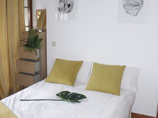 Brunete private and lovely room