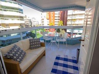 Apartamento Riviera - varanda gourmet e dois minutos a pe da praia