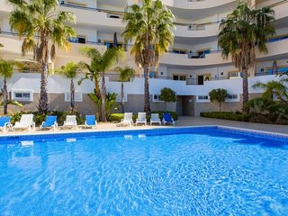Modern 2-bedroom apartment in Lagos, Western Algarve, Portugal