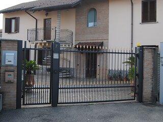 House North Milan CIR 108035-CNI-00003