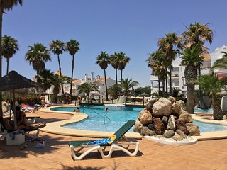 Fantastico bajo ubicado dentro del Playa Serena Golf Club