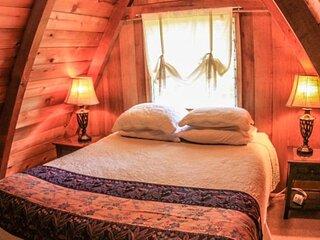 Hale Nene Cabin with Hot Tub