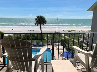 Socially Distance Dream! Beachfront on Indian Shores W/ Pool!