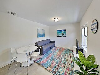 Sparkling Coastal Getaway with Backyard - Walk to Deerfield Beach & Eats!