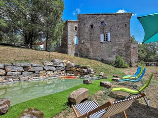 Nice home in Les Assions with Outdoor swimming pool, WiFi and 2 Bedrooms (FRA166