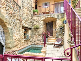 Stunning home in La Bastide D'Engras with Outdoor swimming pool, WiFi and 2 Bedr