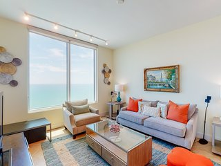 New listing! Beachfront high-rise w/amazing view, 2 balconies & shared pools!