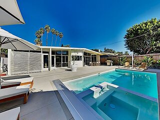 Modern Masterpiece with Private Heated Pool & Spa - 10 Minutes to Disneyland