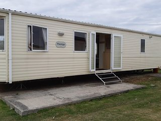 6 berth caravan for hire at St Osyths Clacton-on-sea, Essex ref 28099GC