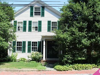 Your Summer Retreat Awaits You in Charming Barnstable Village: 3310-Ba