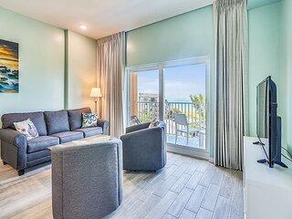 Madeira Bay Resort I 1604 Brand NEW, amazing Gulf view, lots of amenities