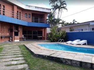 linda casa com piscina no guaruja