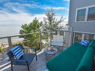 136 Waterfront with Views from Every Room  Private Balcony  Modern Kitchen