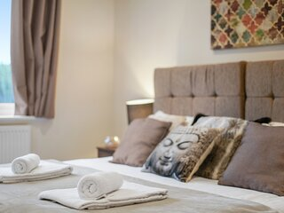 12 - London Heathrow Living Serviced Apartments by Ferndale