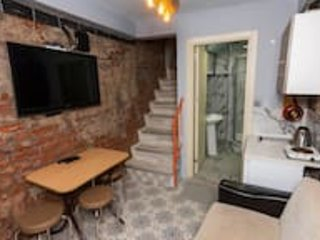 Historic house with great value | 2+1 House in Balat