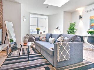 Liv MTL Save 60% Downtown 401 Luxurious 2Br Big Family + Pet Friendly*