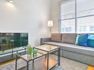 Liv MTL Save 60% Main 301 Smart 1BR + Mezzanine Family + Pet Friendly*