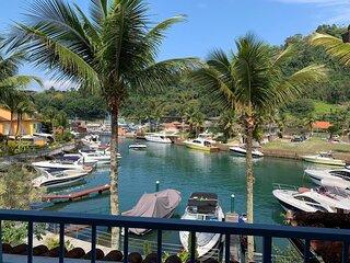 Portogalo - Casa de Canal (50m da Praia) + Lancha (Opcional)