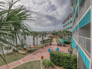 Elegant condo w/lake views, free WiFi, beach access, & shared resort pools!